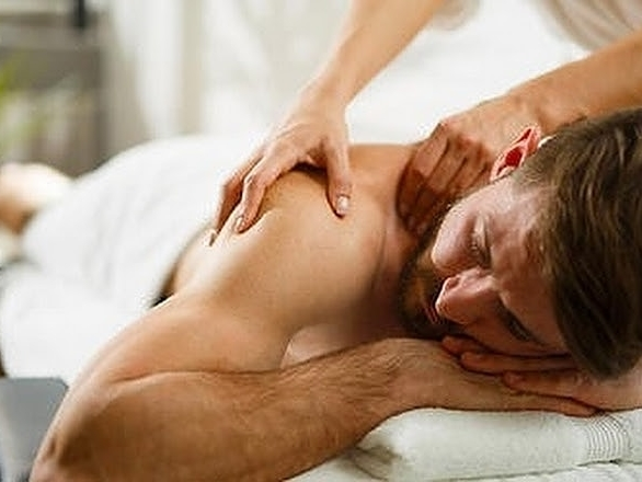 Justin Shelley (Licensed Massage Therapist)